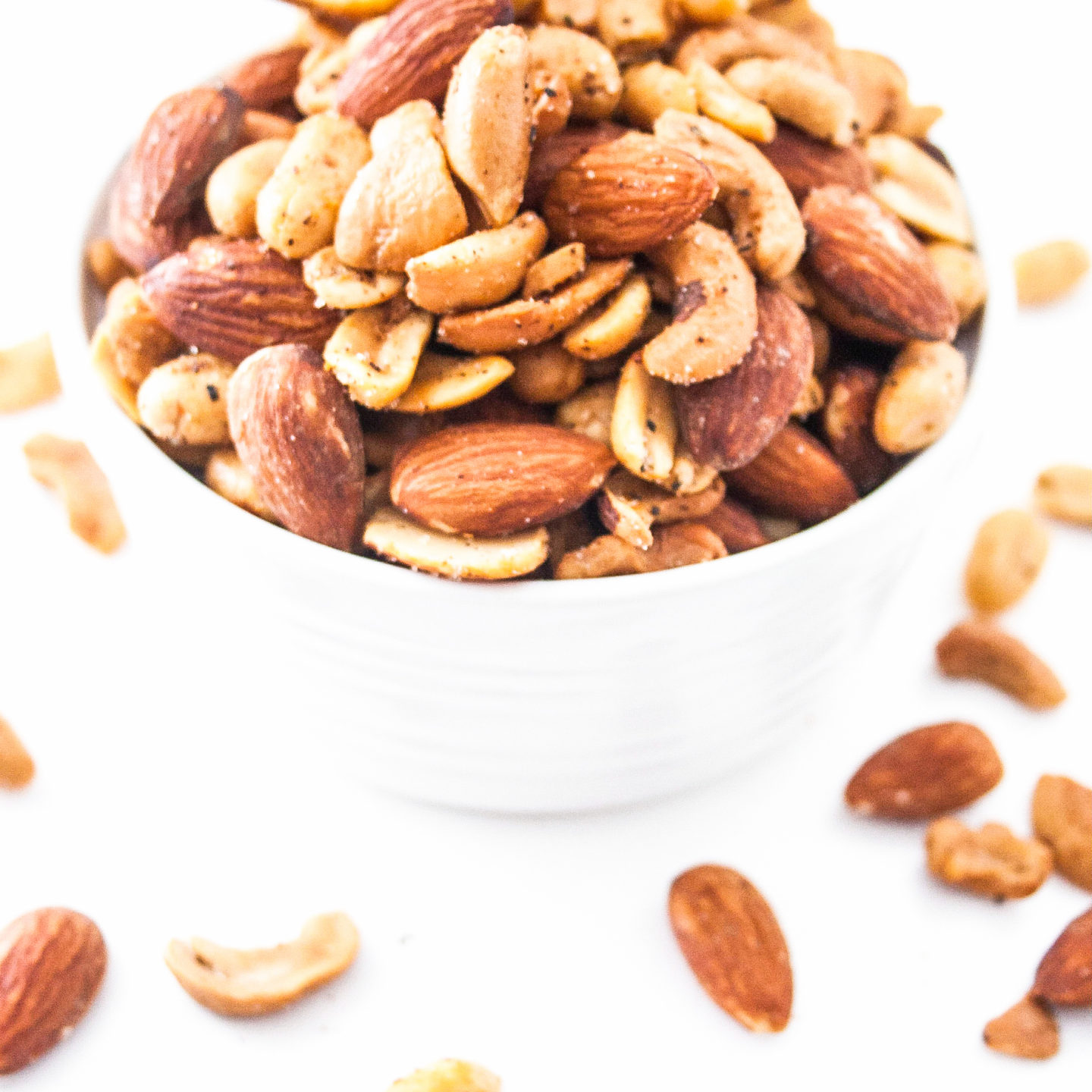 Seasoned and Roasted Nuts